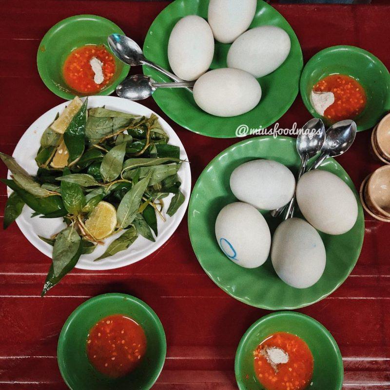 quán ngon vỉa hè Sài Gòn