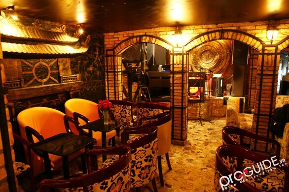 Phòng trà nhạc trẻ ở Sài Gòn