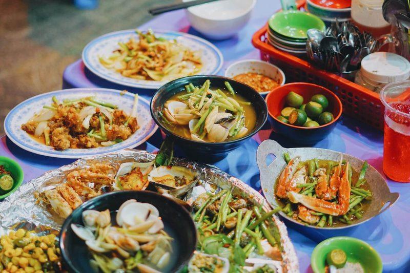 quán ốc cay Sài Gòn