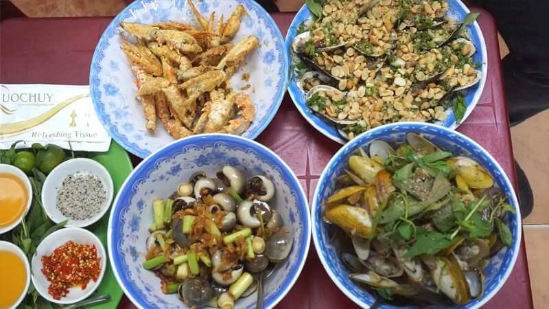 Nhà hàng hải sản bình dân ở Sài Gòn
