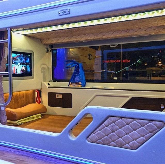 Xe limousine đi Đà Lạt từ Sài Gòn