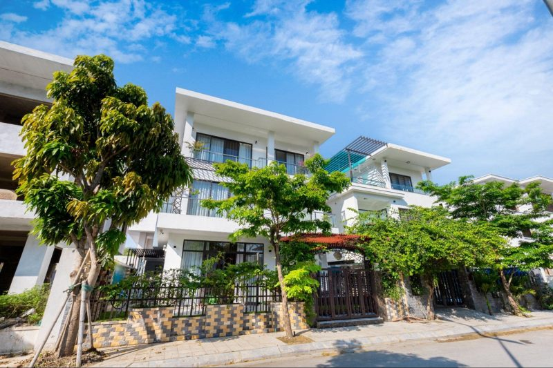 Villa BT38.03 – Biệt thự view hồ trong thành phố biển